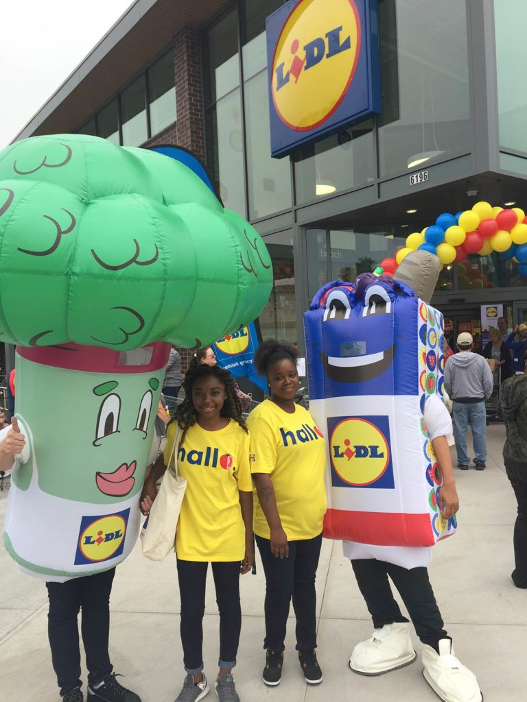 01_Lidl_Store Openings Costumes