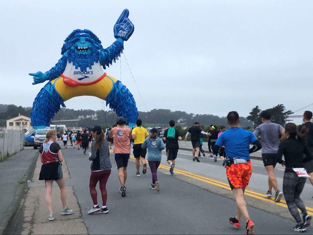 02_Brooks Running_Marathon Sasquatch_Giant Inflatable