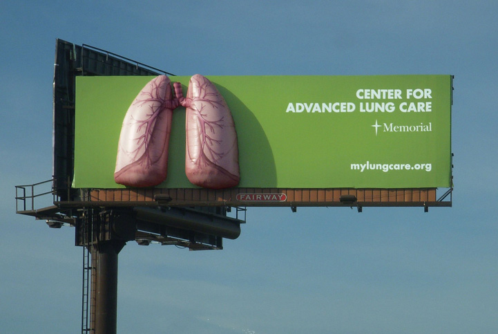 02_Inflatable Billboard Extension_Lungs