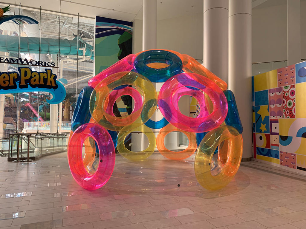 03_American Dreams_Dreamworks Waterpark Sealed Inflatable Igloo