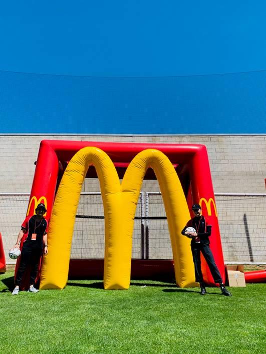 04_McDonald_s_Inflatable Soccer Kick_1