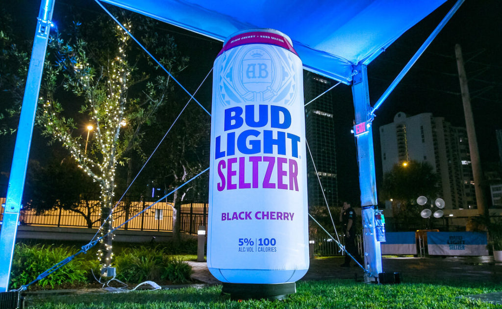 08_Bud Light Seltzer_Cherry Can Inflatable