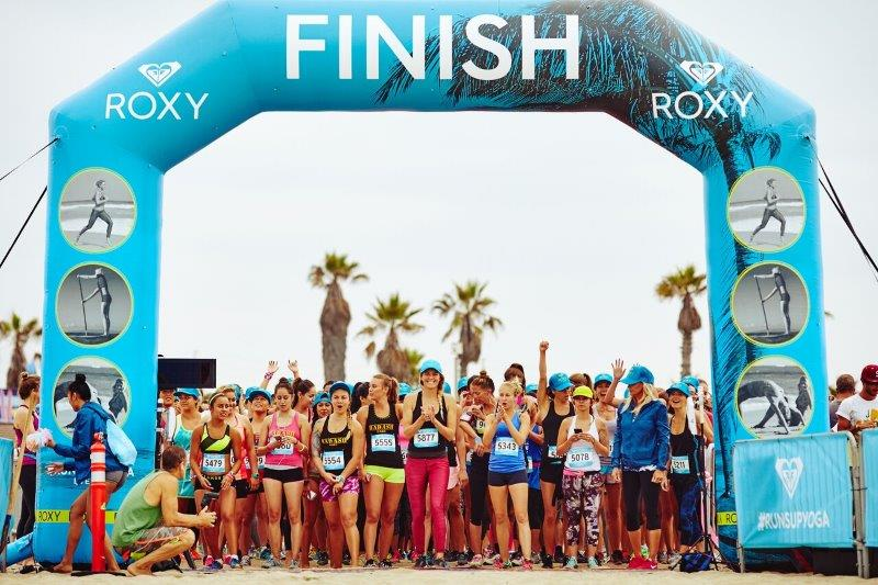 11_Roxy_Inflatable Racing Arch