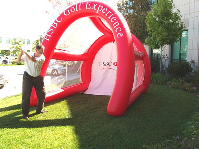 14_HSBC_Interactive Inflatable Driving Range
