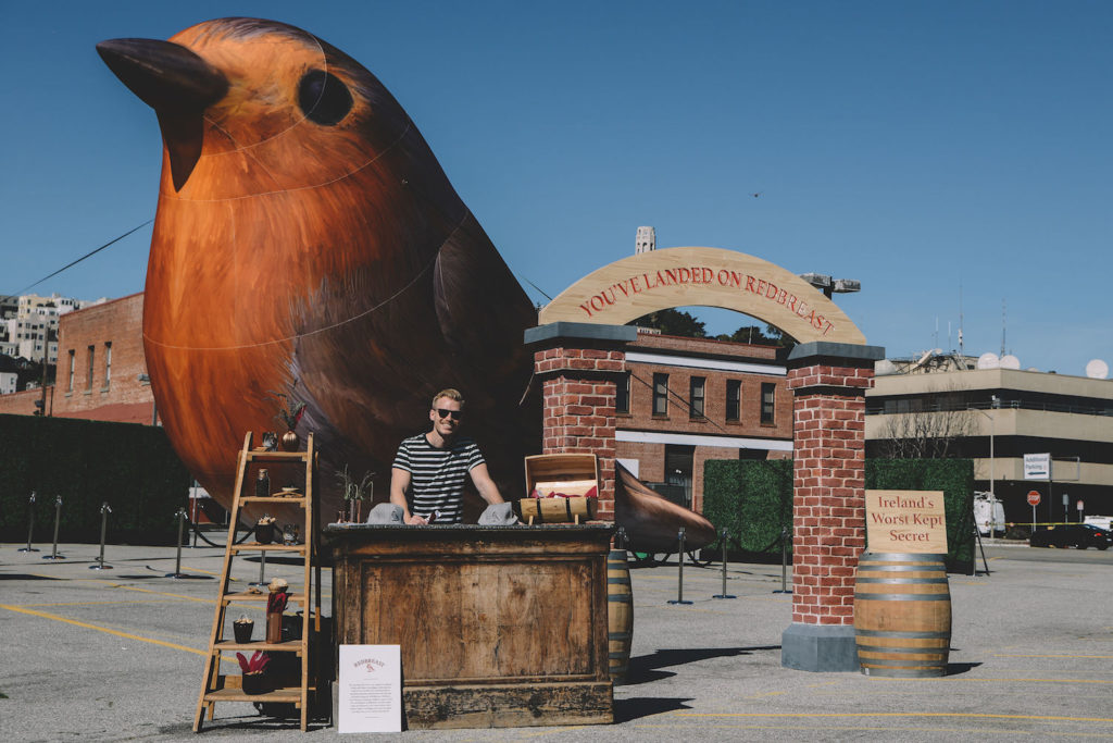 18_Pernod Ricard_Redbreast Whiskey_Giant Inflatable Bird
