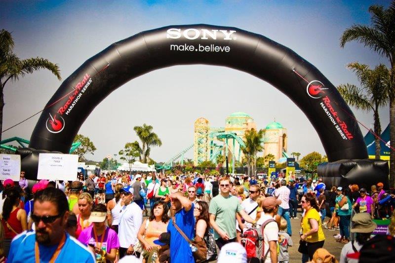 18_Sony Headphones_Inflatable Race Arch