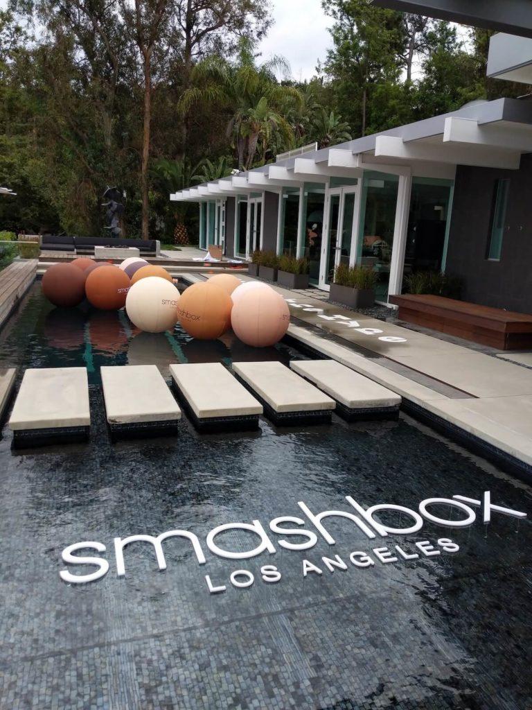 22_Smashbox Cosmetics_Sealed Inflatable Pool Party Floats