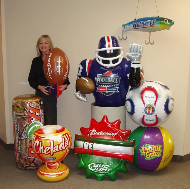 23_Anheuser-Busch_Point of Sale Sealed Inflatables
