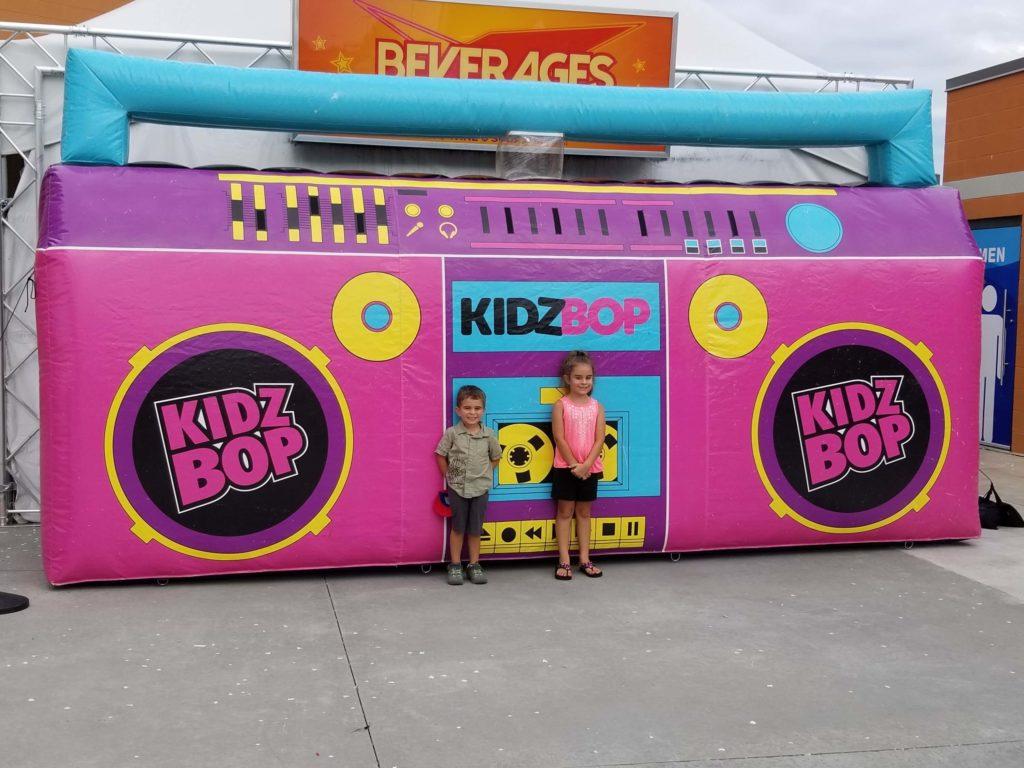 34_Kidz Bop 2019 Tour_Giant Inflatable Stereo