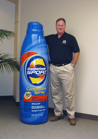 35_Coppertone_Sealed Inflatable Bottle for Point-of-Sale Display