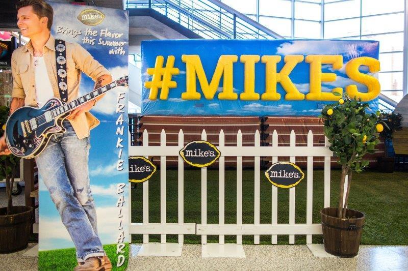 36_Mike_s Hard Lemonade_Cold-Air Inflatable Photo Backdrop