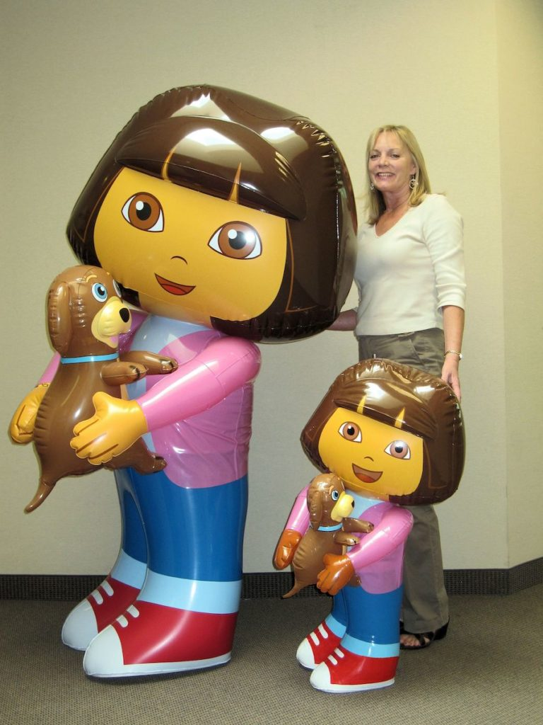39_Nickelodeon_Dora The Explorer_Point-of-Sale Inflatable Display