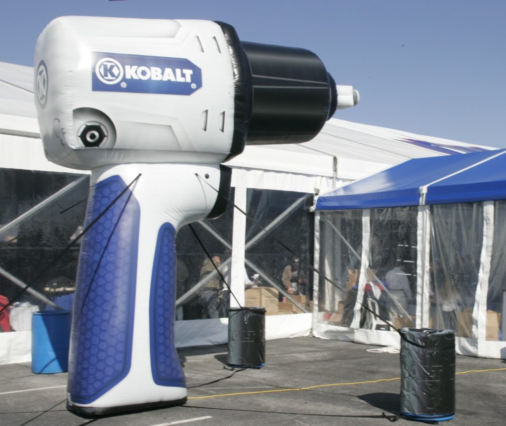 59_Lowe_s Impact_Mobile Tour Inflatable